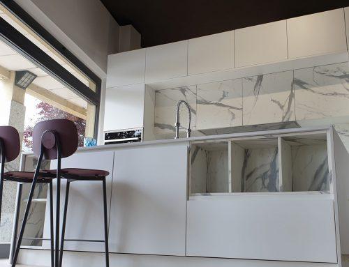 Cucina esposta ASTRA sp22 Creatività esclusiva, nata da un progetto iniziale dallo spirito futuristico